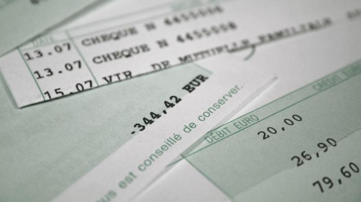 Le Titulaire Du Compte Bancaire Est Presume Proprietaire Des Fonds