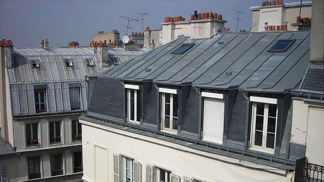 Toit d'immeubles à Paris
