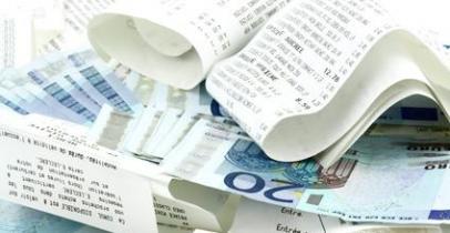 euros et ticket de caisse