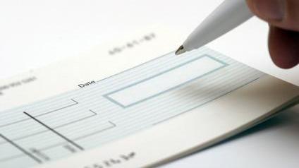 La Caisse D Epargne Vous Permet De Scanner Vos Cheques Avant De Les