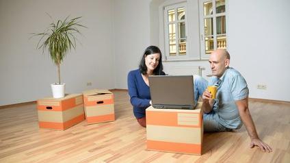 Un couple en plein déménagement