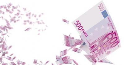 Des billets de 500 euros qui volent