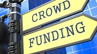 """Flèches indiquant """"Crowdfunding"""""""