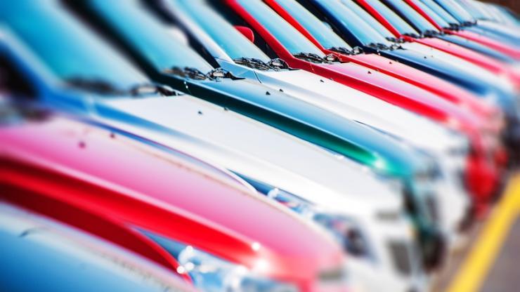 Automobiles alignées