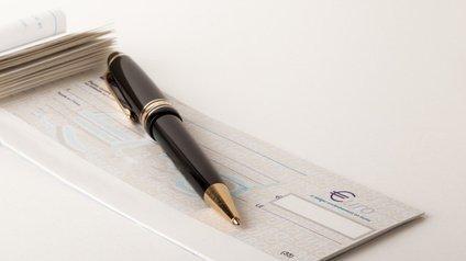 Cheques Sans Provision Sortir Du Fichier Des Interdits Bancaires