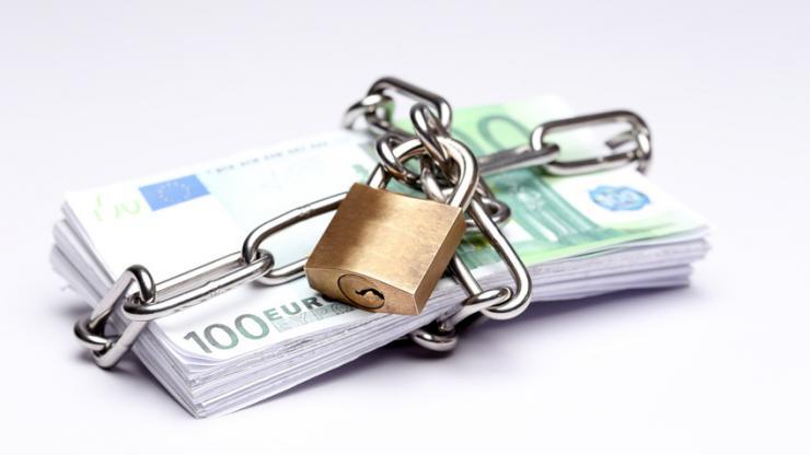 Billets de 100 euros emprisonnés