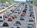 Circulation automobile sur autoroute