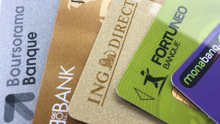 Cartes bancaires des banques en ligne