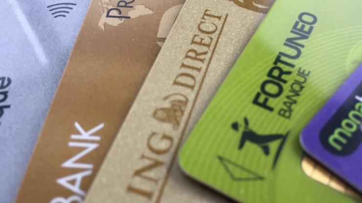 Test des cartes bancaires des banques en ligne