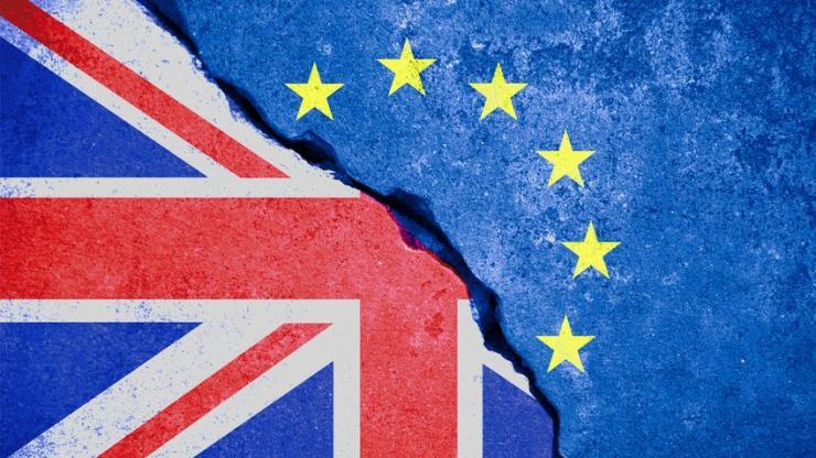 Drapeaux Europe et Royaume-Uni