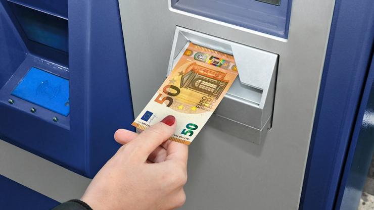 Automate de dépôts de billets
