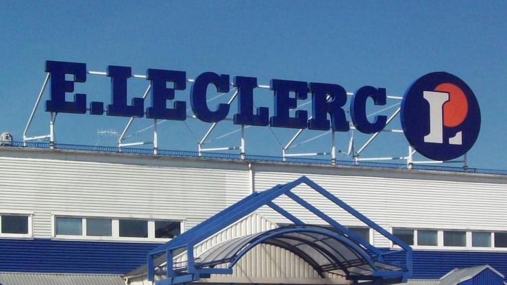 Enseigne d'un supermarché E.Leclerc