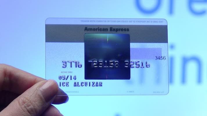 Carte American Express Blue.Carte Bancaire Une Amex Blue Pour Les Jeunes Trentenaires