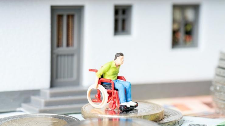 Une personne en fauteuil
