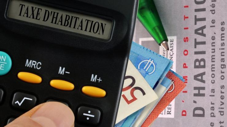 Taxe D Habitation Qui Subit La Hausse Qui Profite De La Baisse
