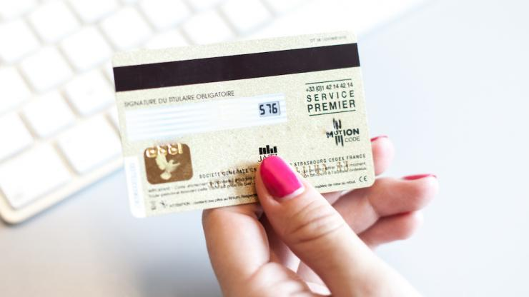 Carte bancaire Motion Code d'Idemia