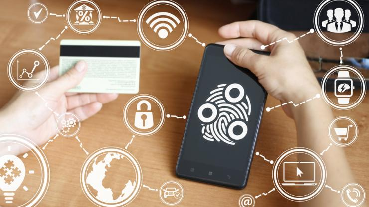 Smartphone avec biométrie et carte bancaire