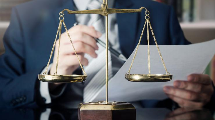 Balance de la justice, dans le bureau d'un magistrat