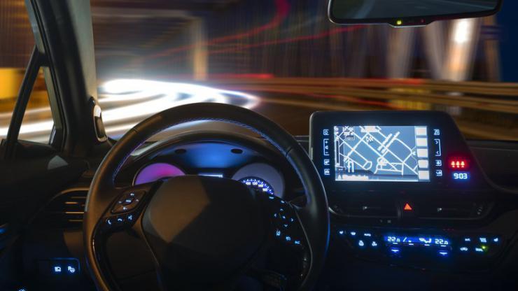 Véhicule autonome en train de rouler