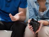 Couple en difficulté financière