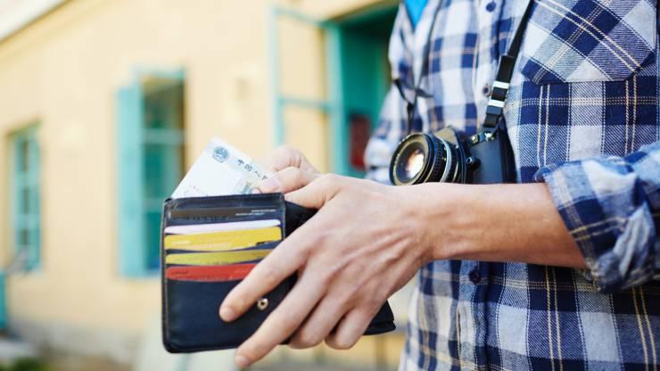 voyage, vacances, étranger, carte bancaire, paiement, retrait, frais bancaire