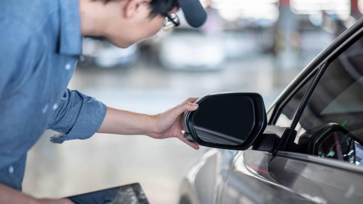 Rétroviseur, Réparation automobile