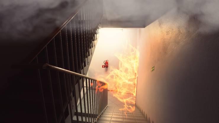 Incendie dans les parties communes d'un immeuble
