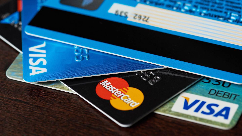 Carte Bancaire Le Match Entre Visa Et Mastercard