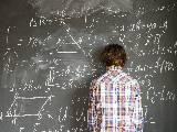 Mathématiques, ado au tableau