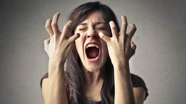 Une banquière en colère