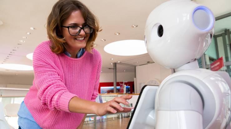 agences bancaires avec un robot conseiller