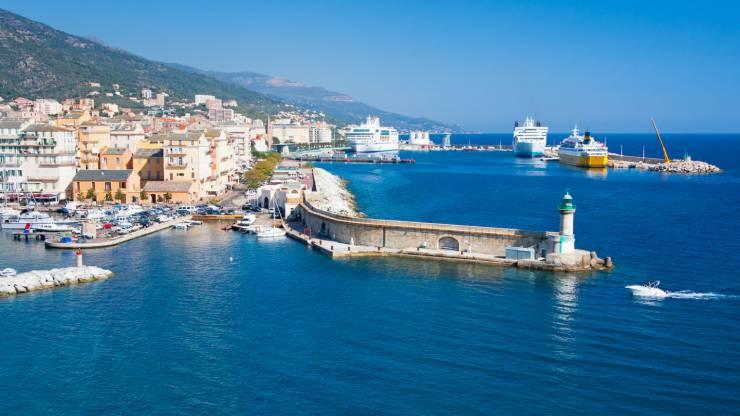 Banque la moins chère en Corse